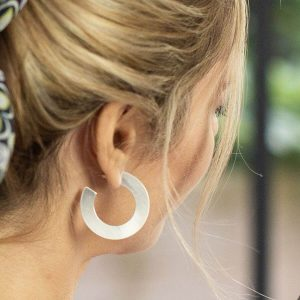 2D flat hoop earrings. Silver plated with a brushed effect finish
