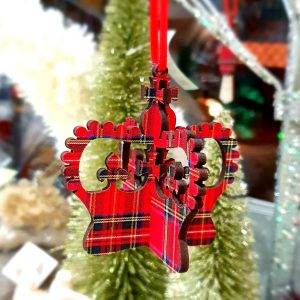 A tartan wooden 3D crown Christmas decoration