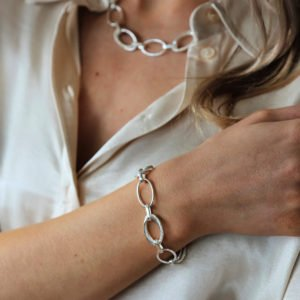 Tutti & Co Echo bracelet. A chunky statement silver plated bracelet with textured links